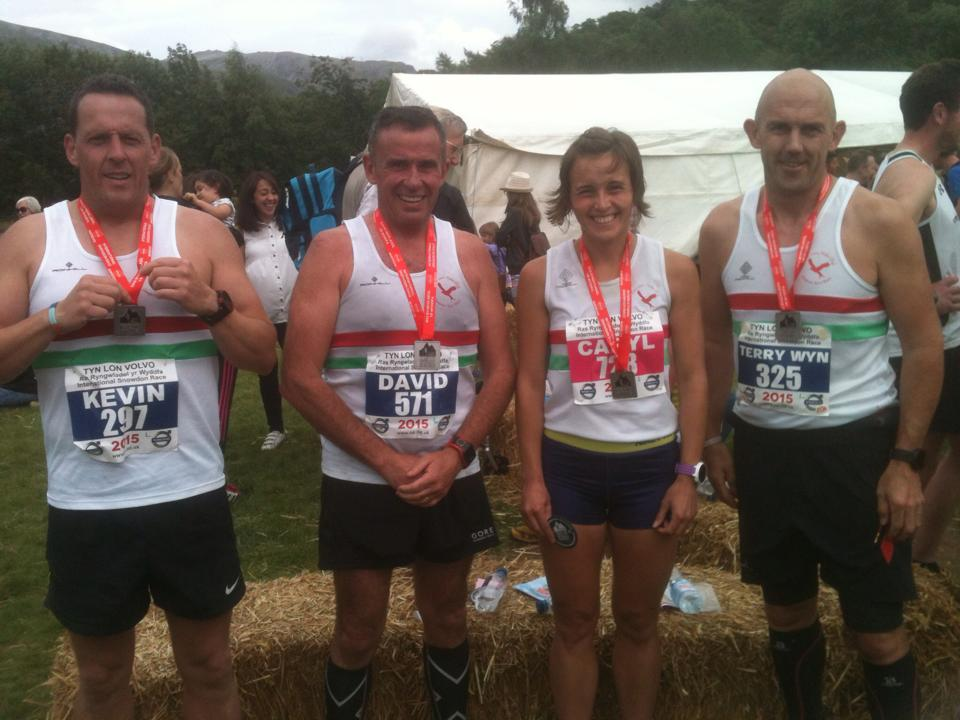 4 Sarn runners at Sonwdon hill race 2015